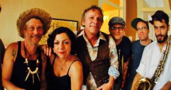 Squirrel Nut Zippers Pic WEB OPTIMIZED